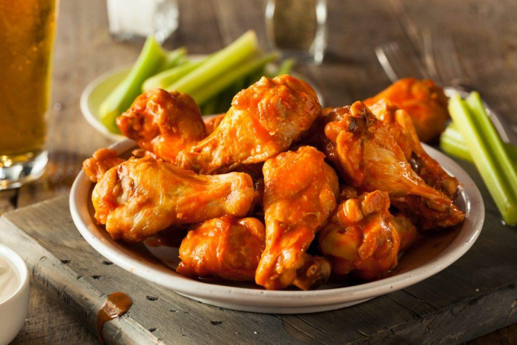 mesa pollo muslos alitas