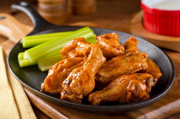 pollo alitas cazuela